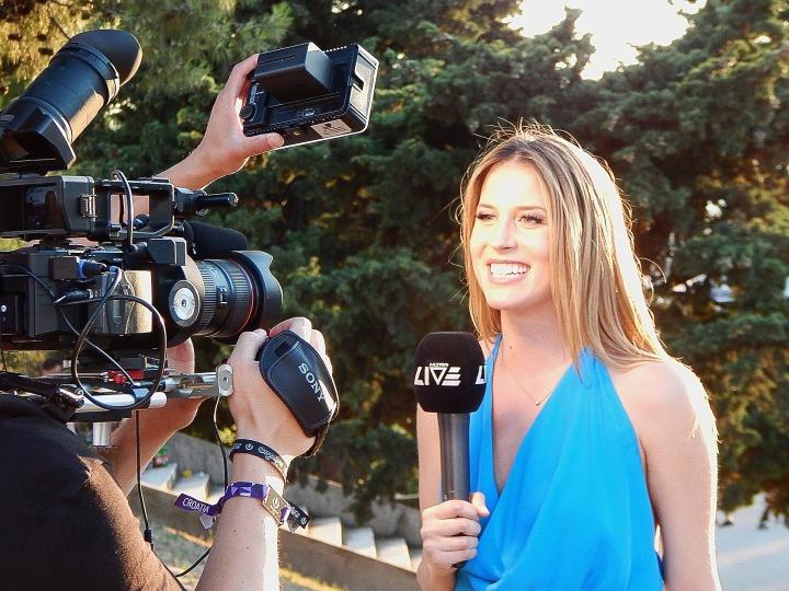 Journalists must adapt to an evolvingmedium